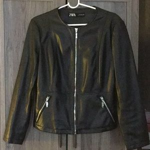 ZARA BLACK ZIP-UP FAUX LEATHER MOTO JACKET